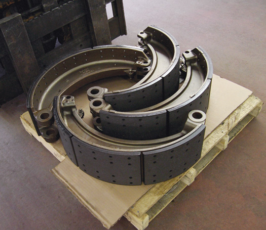 industrial brake shoes bonded and riveted